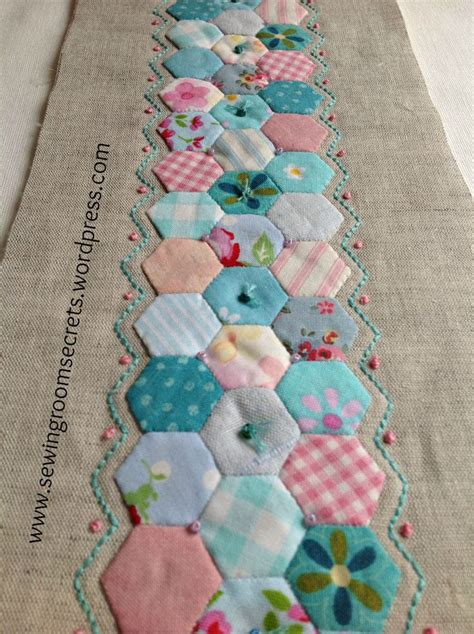 Hexagon Papers For Patchwork - 181 best quilts paper piecing images on