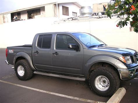 red nissan frontier lifted 2007 nissan frontier 4x4 lifted google search cool