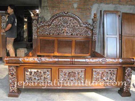 Dipan Ukir Kayu Jati dipan ukir mawar jepara jepara jati furniture