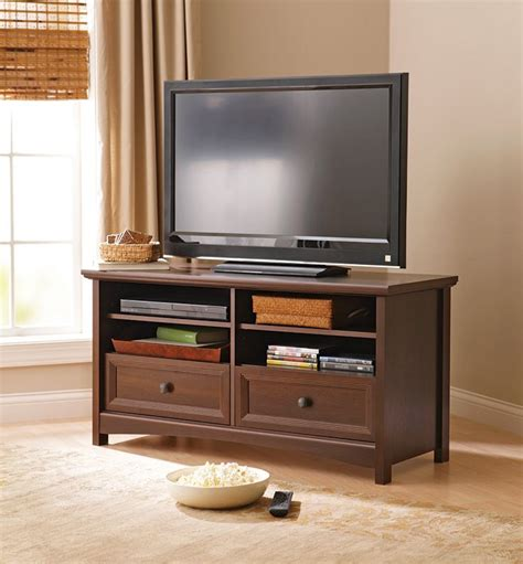 homes  gardens oakmore place flat panel tv stand