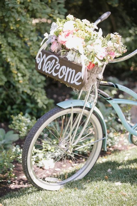 Garden Decoration Bicycle by 25 Best Ideas About Bike Decorations On