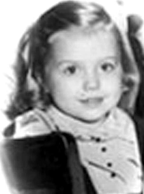 Hillary Clinton S Childhood | hillary clinton in celebs before they were famous 1 of 2 zimbio