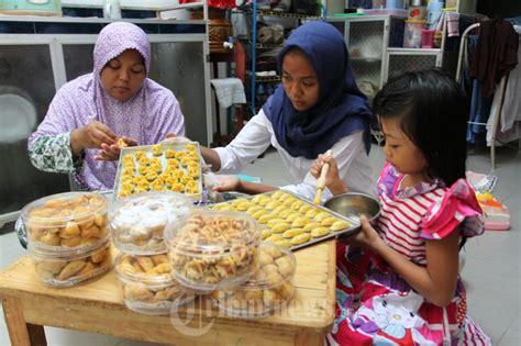 membuat kue kering untuk dijual membuat kue kering cookies untuk lebaran foto 7 1657186