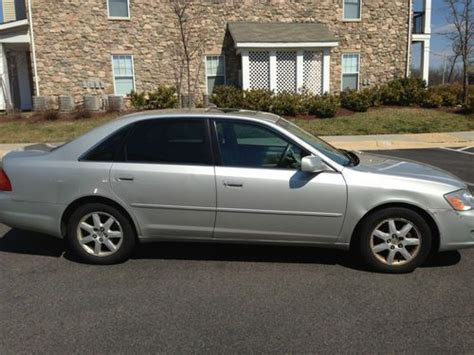 sell used toyota avalon xls 2001 in centreville virginia united states