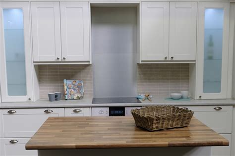 classic kitchen with pvc wrap shaker doors cupboardline