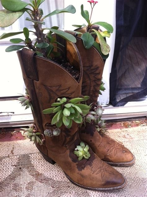 15 Best Images About Garden Boots On Pinterest Gardens Boot Planter