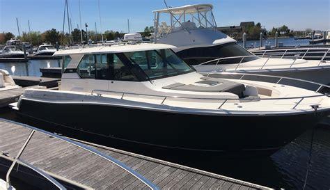 tiara boats q44 2016 tiara q44 power boat for sale www yachtworld