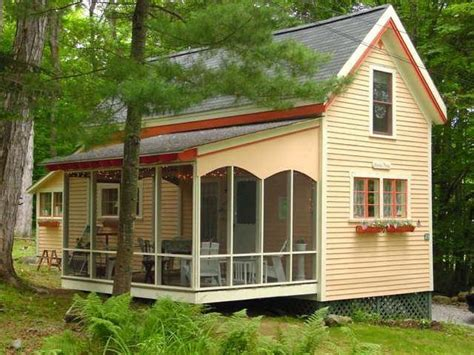 tiny homes of maine on wheels is the new off grid a guide to tiny houses