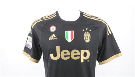 Kaos Tshirt Juventus Wiinners Coppa Italy 2016 match worn lichtsteiner shirt carpi juventus serie a 20 12 15 charitystars