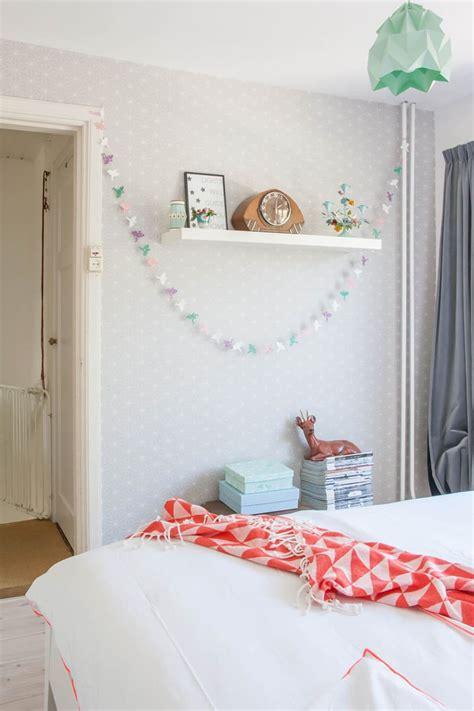 cheerful  minimalist dutch bedroom
