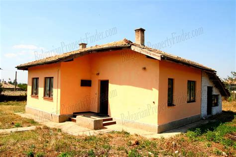 House For Sale Finder by Solid Rural House For Sale In Manastiritsa Rus8323