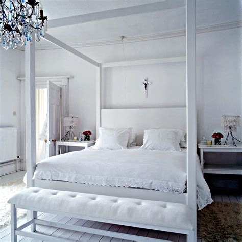 White Canopy Bed Frame All White Wooden Bed Frame With Sized Bed In Hollow Canopy Bed Style Choosing White