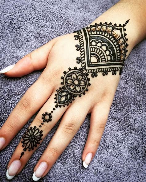 hena tattoo design best 25 henna designs ideas on henna