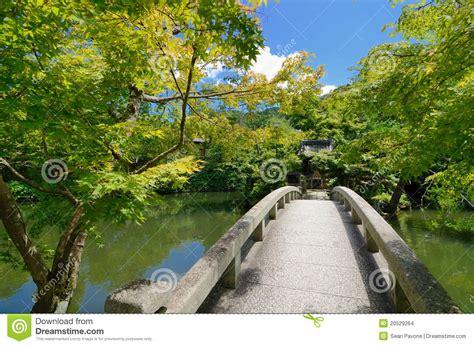 ver imagenes jardines japoneses jardines japoneses imagenes de archivo imagen 20529264