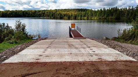 boat registration michigan dnr dnr reopens boating access site at parent lake in