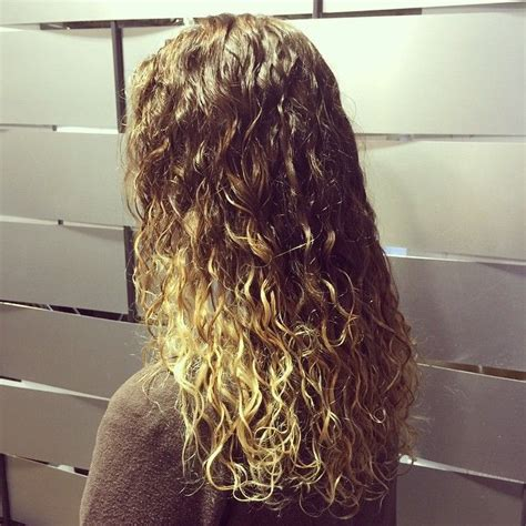 what is a spiral perm look like on short hair ombre plus spiral perm hair styles pinterest perm