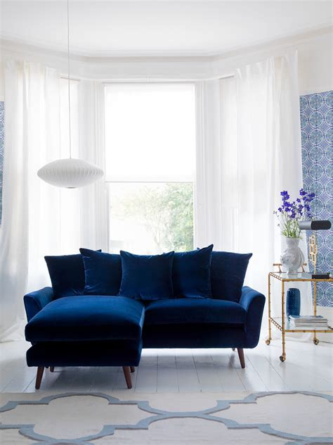 Living Room With Blue Sofa Blue Living Room Ideas For A More Breathtaking Living Room Decohoms