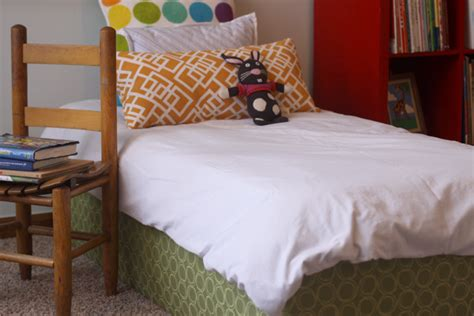 make your own toddler bed plans free