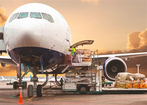 difficult  find air cargo space