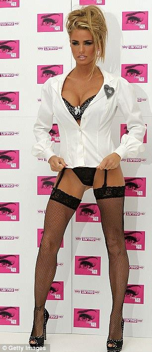 kate scow lab sam1ster hollyboob katie price in suspenders and