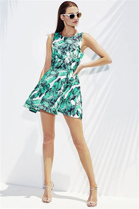 Leaf Dress White leaf print green summer dress sujeiry
