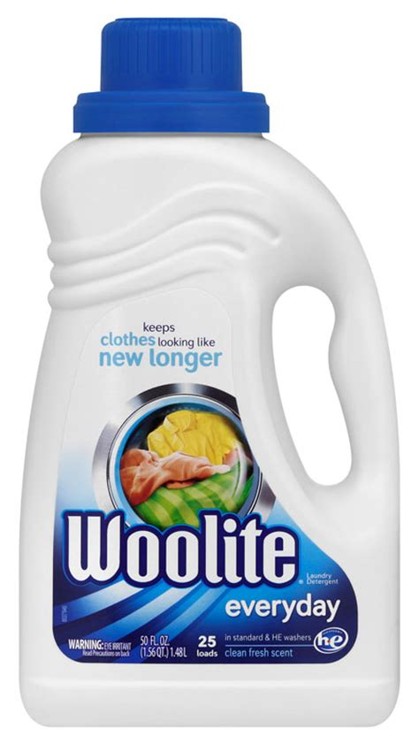 how to wash colored clothes without fading woolite everyday laundry detergent 50 ounce