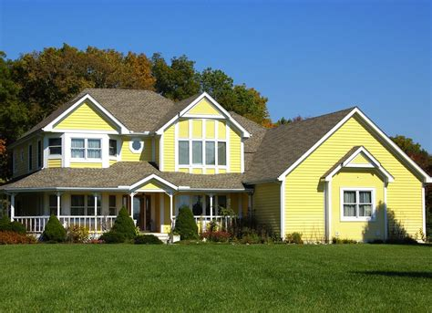 exterior paint color mistakes stick with classic home exterior colors selling tips 13