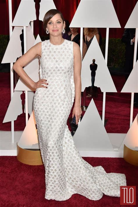 Marion Cotillards Oscar Dress From Runway To Carpet by Marion Cotillard In Couture At The Oscars Tom Lorenzo