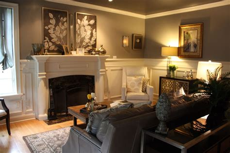 traditional home interiors living rooms a stately traditional home features decor living