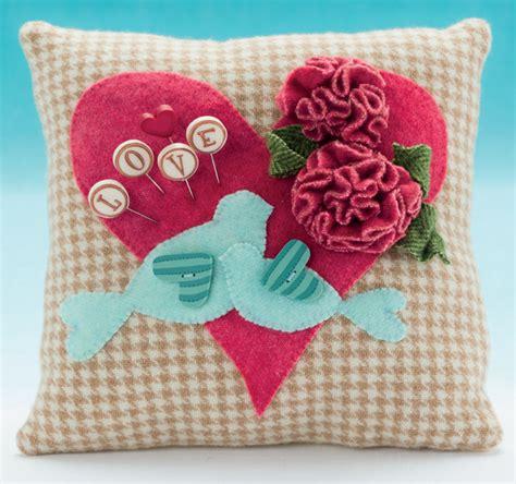 Handmade Pincushions Patterns - adorable afternoon projects handmade pincushions