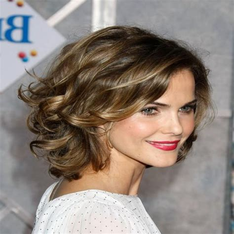 haircut for wavy hair oval face indian short haircut for wavy hair oval face wavy haircut
