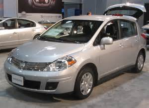 Nissan Versa Hatchback 2010 2010 Nissan Versa Hatchback Pictures Information And