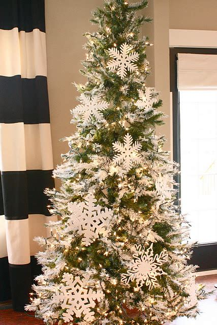 12 Top Tips On Decorating Trees by 10 Tree Decorating Ideas And Tips Tatertots And Jello