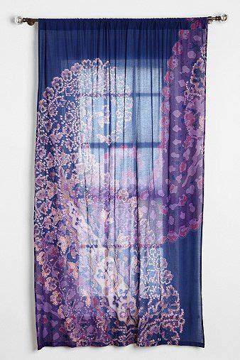 paisley lace curtains best 25 paisley curtains ideas on pinterest boho