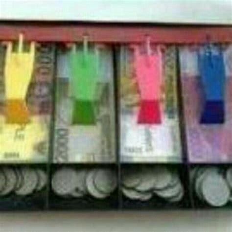 Rak Uang 1000 ide tentang mainan anak di mainan anak