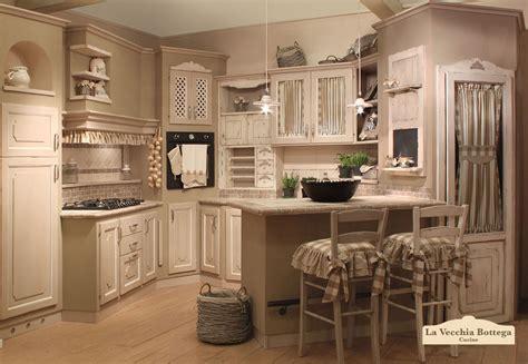 cucine di cagna in muratura rivestimenti cucina iperceramica