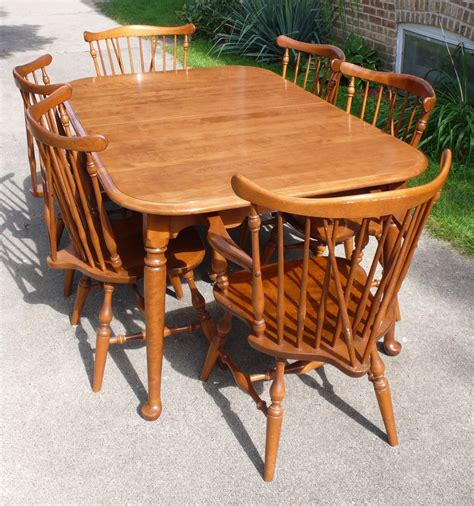 Ethan Allen Dining Room Table And Chairs by I An Ethan Allen Nutmeg 10 6020 Dining Table 6
