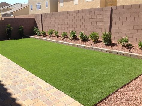 backyard landscaping las vegas best 25 landscaping las vegas ideas on pinterest black rock landscaping wood chips