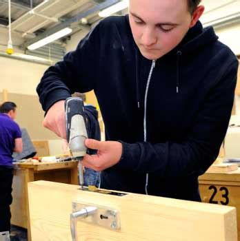 bench joinery courses c g bench joinery level 2 course glasgow kelvin college