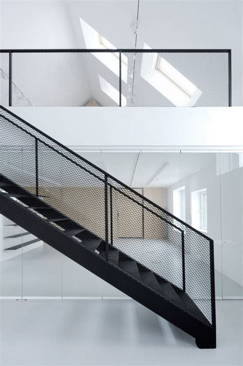 Banister Netting by 25 Best Ideas About Steel Stairs On Steel