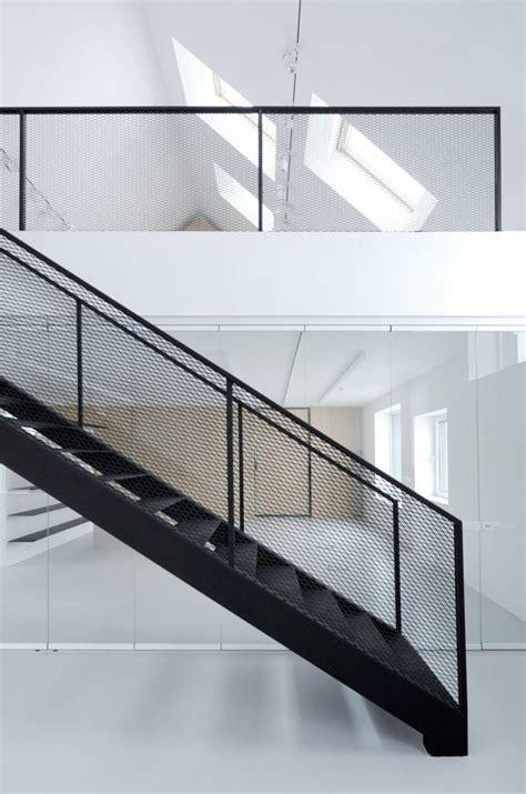 Steel Staircase Design 25 Best Ideas About Steel Stairs On Steel Stairs Design Exterior Stairs And Stair