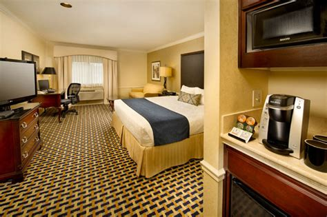 premier puyallup hotel accommodations best western