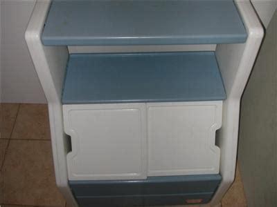tikes chest box with bookshelf child size