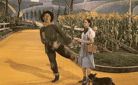 twister dorothy gif wizard of oz gifs find share on giphy