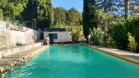 chambres d h es en dr e proven軋le stunning chambre dhotes orange piscine contemporary