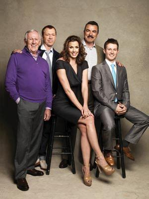 blue bloods donnie wahlberg and tom selleck are kind of family business the cast of blue bloods tom selleck