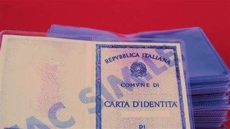 comune di benevento ufficio anagrafe choc al comune rubate 2mila carte d identit 224
