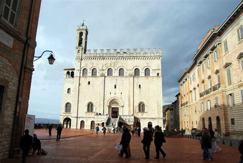 gubbio palazzo dei consoli panoramio photo of gubbio piazza grande e palazzo dei