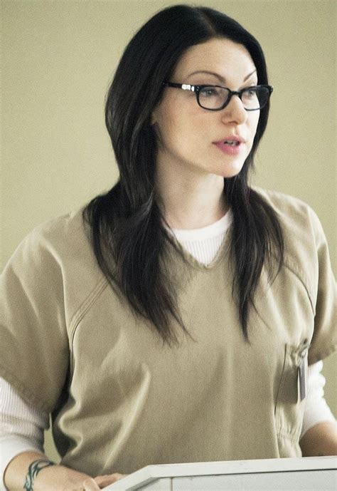 orange is the new black boss laura prepon will be back