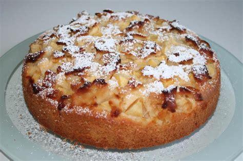 kuchen mit marzipan apfel marzipan kuchen rezept kochrezepte at